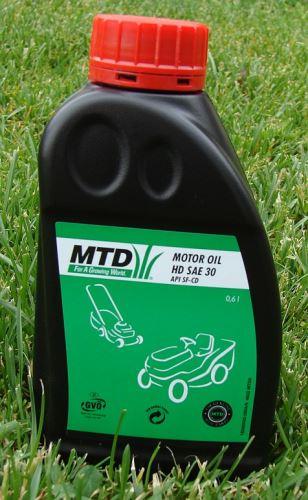 Motorový olej MTD SAE 10W-30HD olej 4-takt 0,6l